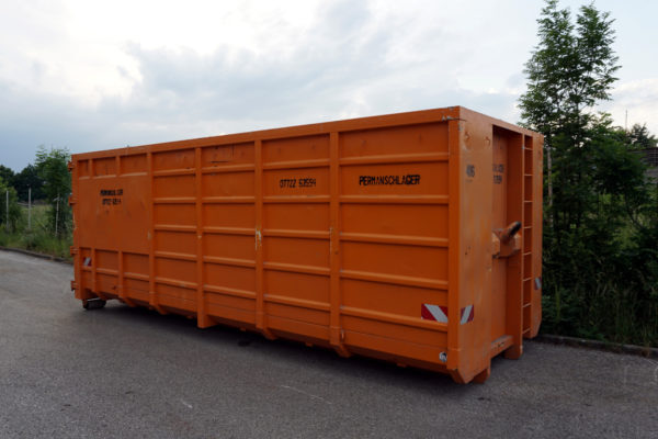 40 m3 Container offenMaße: 2.4 x 2.5 x 7